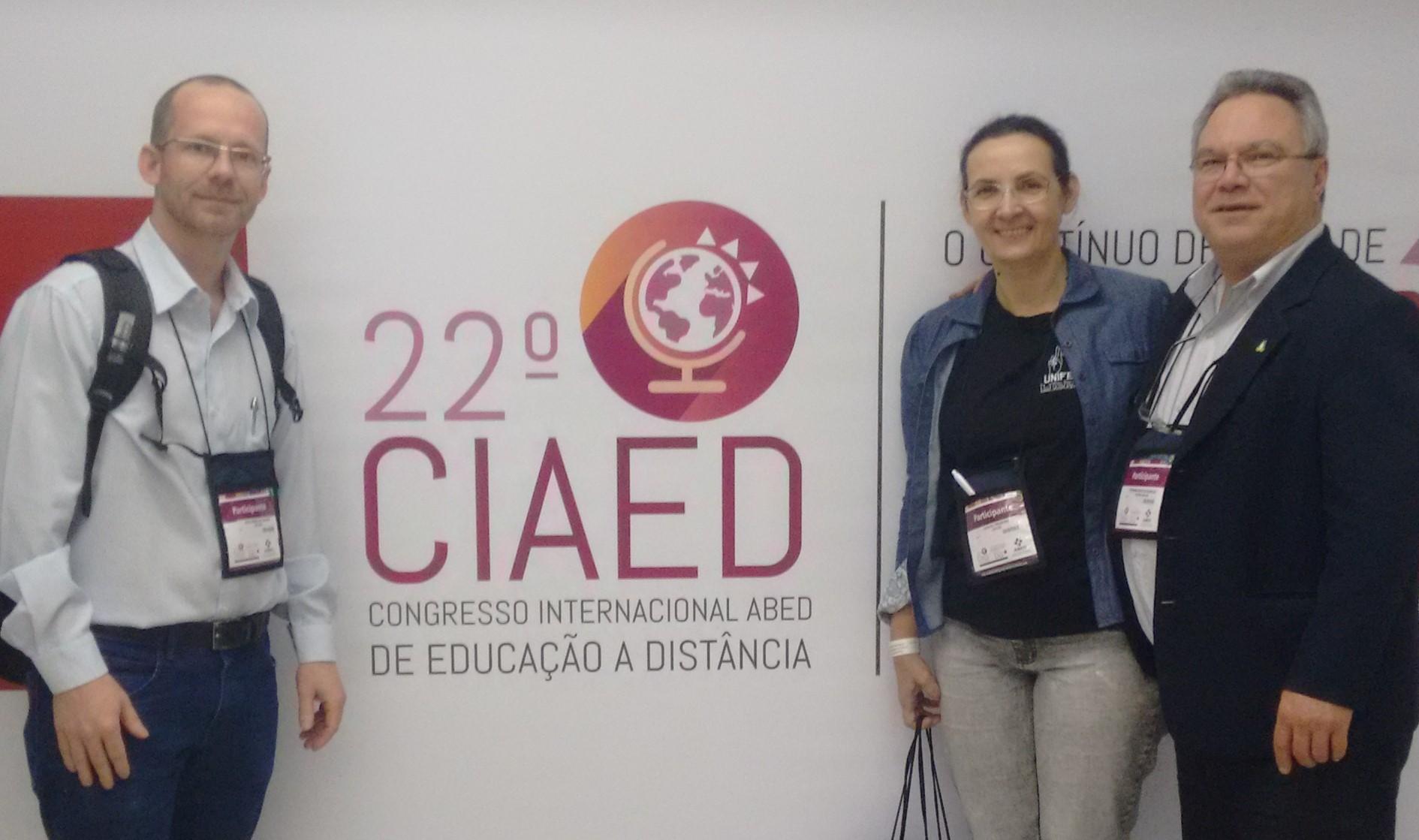 Professores participam de congresso internacional de Educação a Distância