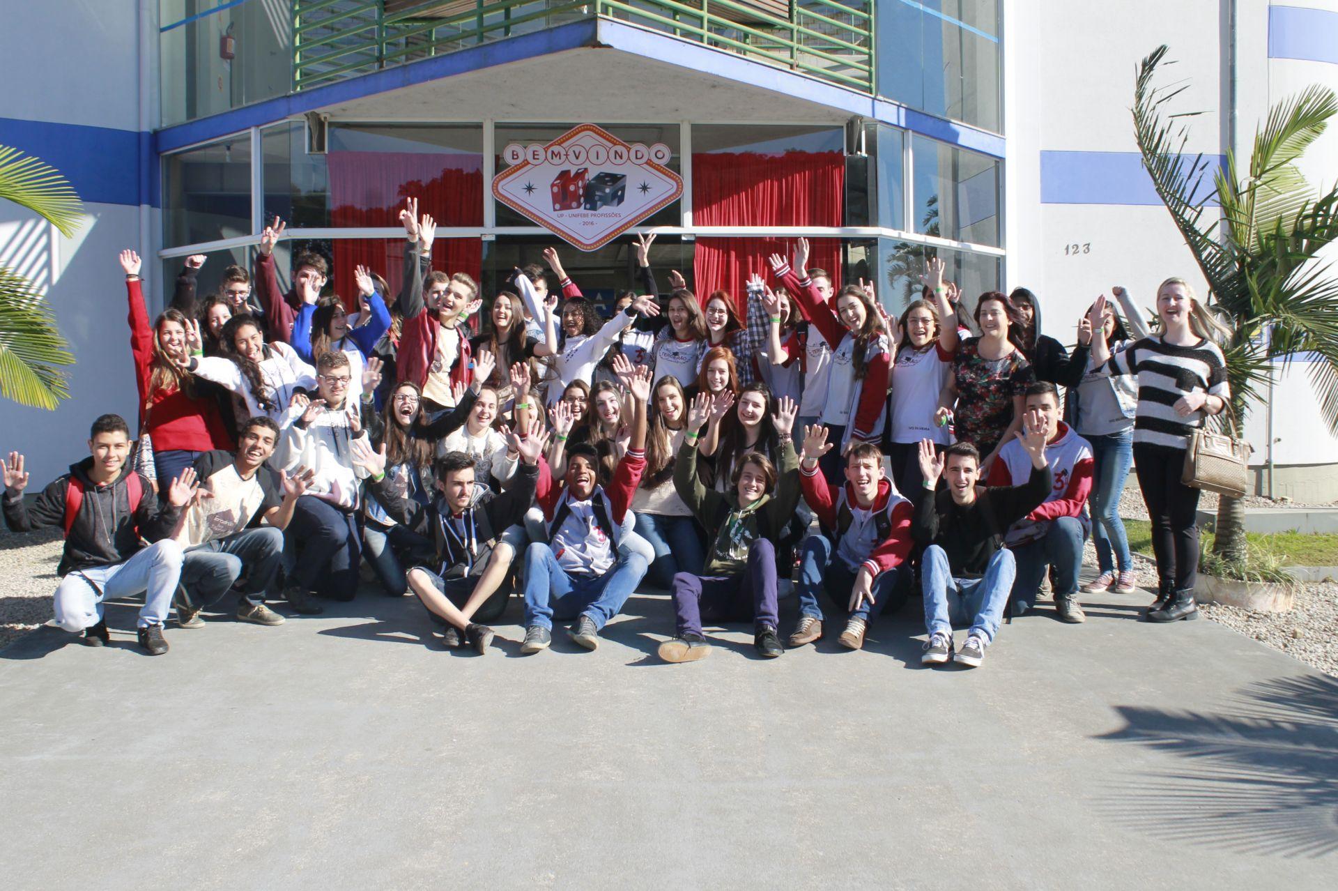 UNIFEBE auxilia estudantes na escolha profissional