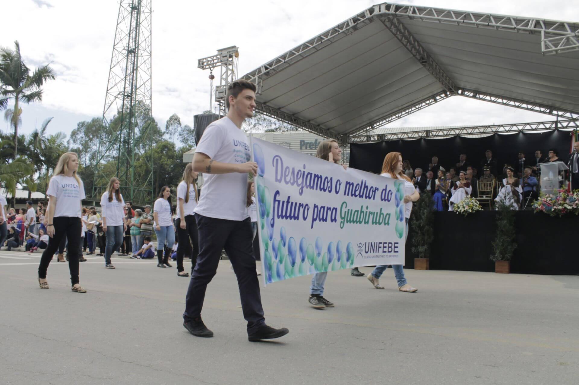 Inscrições abertas para o desfile de Guabiruba