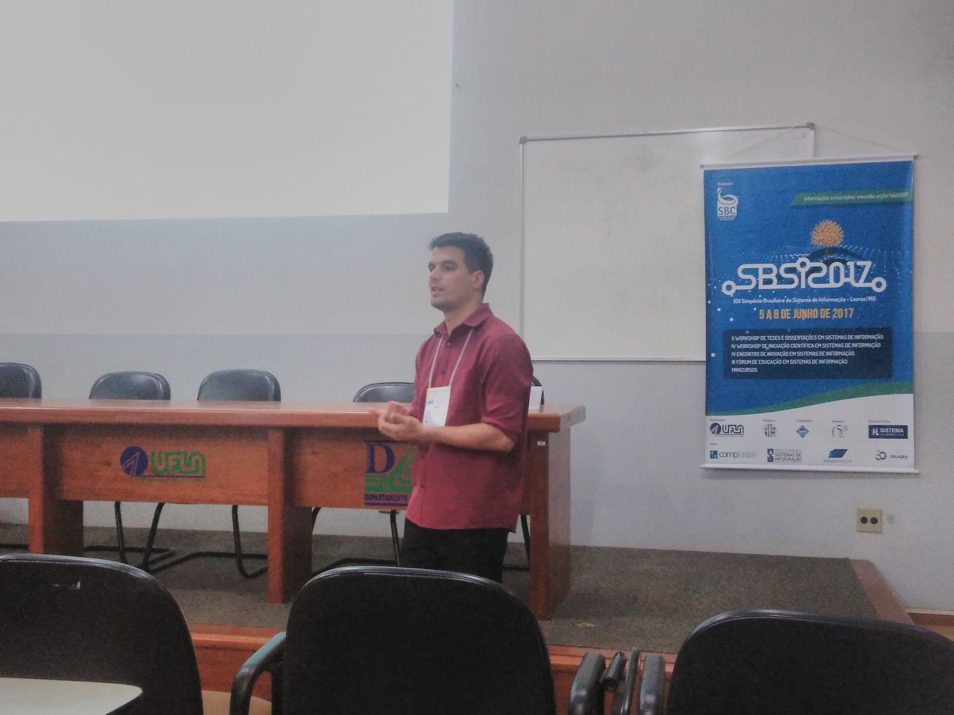 Acadêmicos de Sistemas de Informação participam do XIII SBSI