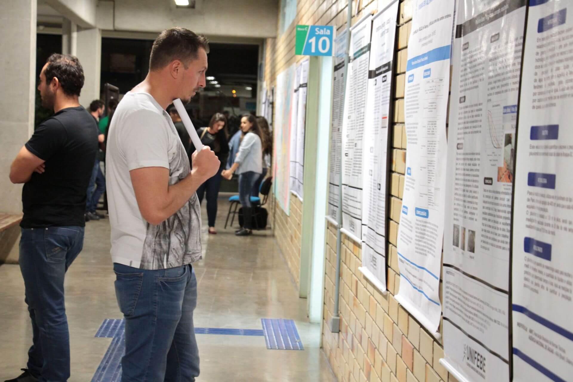 Evento científico debate Desenvolvimento Regional
