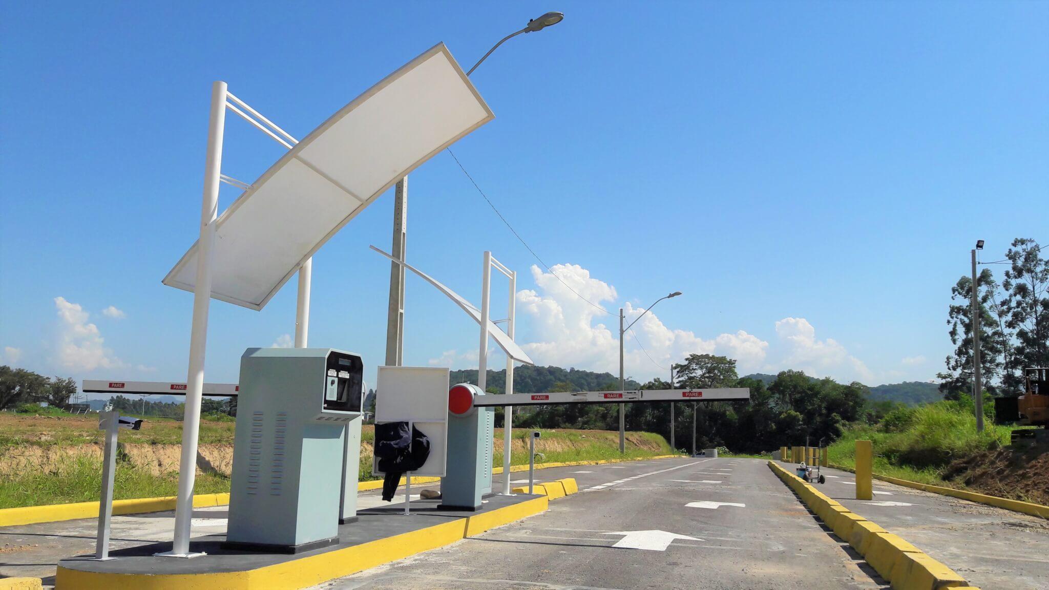 Estacionamento ganha novo acesso de saída sentido à Beira Rio
