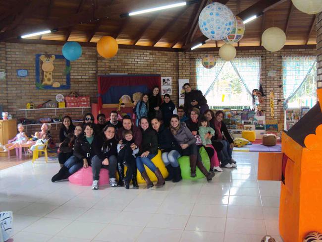 Curso de Pedagogia visita brinquedoteca em São João Batista