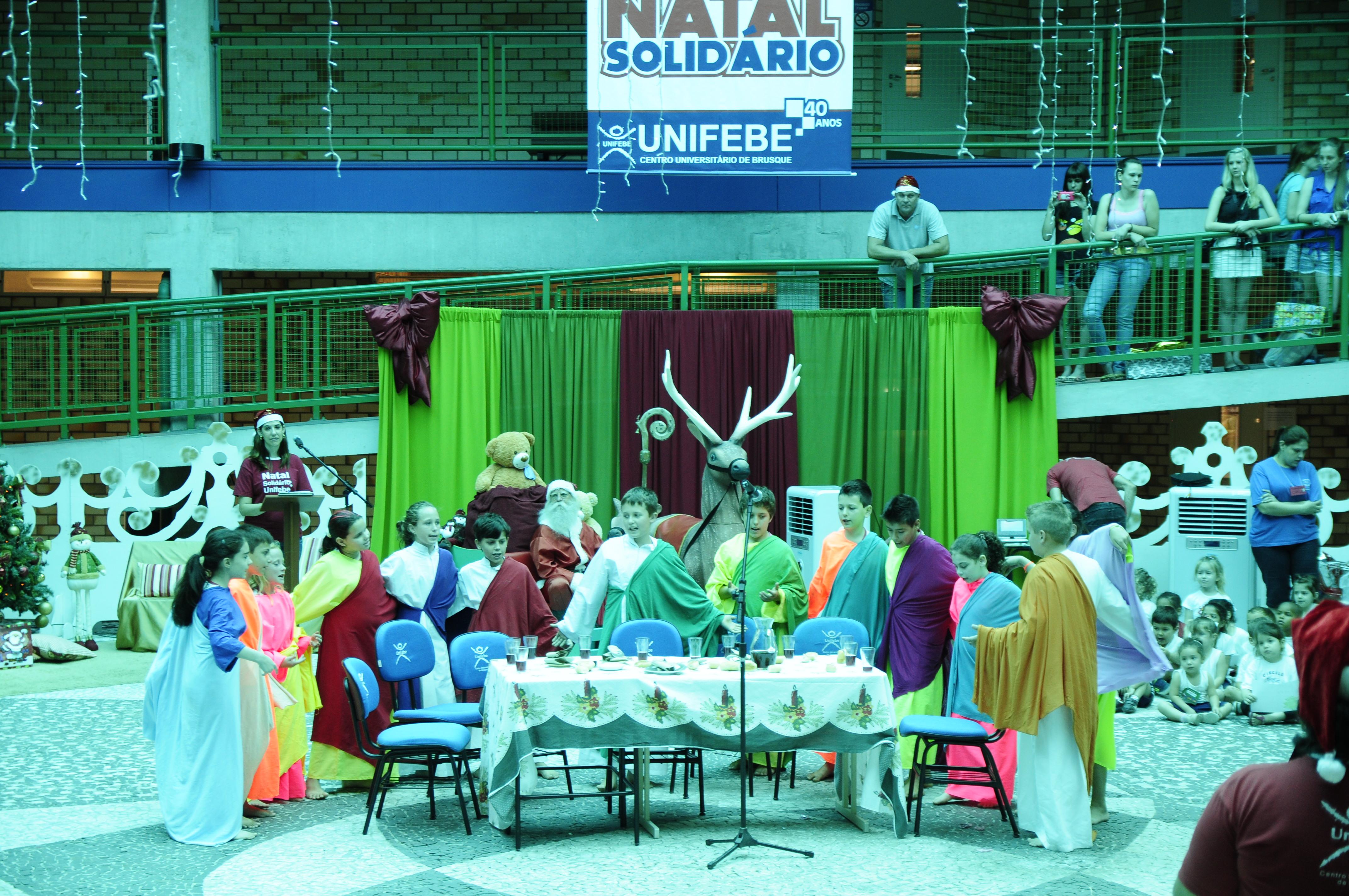 Emoção e solidariedade marcam 11ª edição do Natal Solidário UNIFEBE