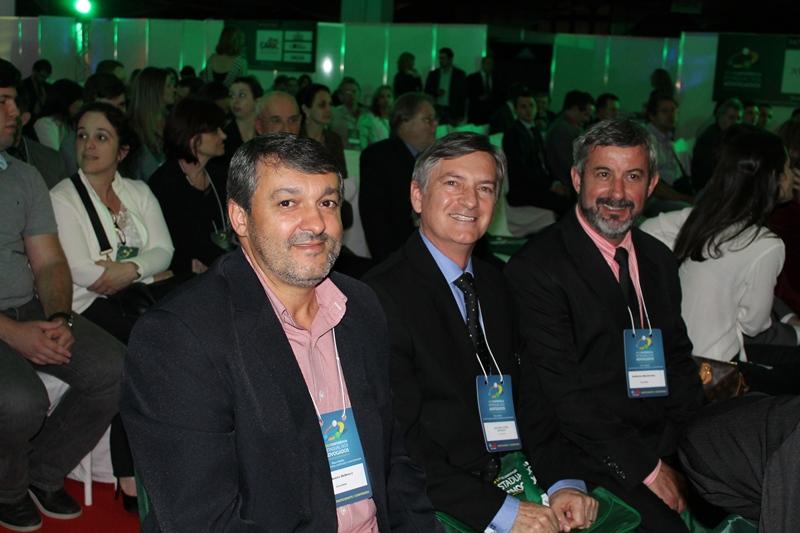 Reitor da UNIFEBE prestigia Conferência Estadual dos Advogados