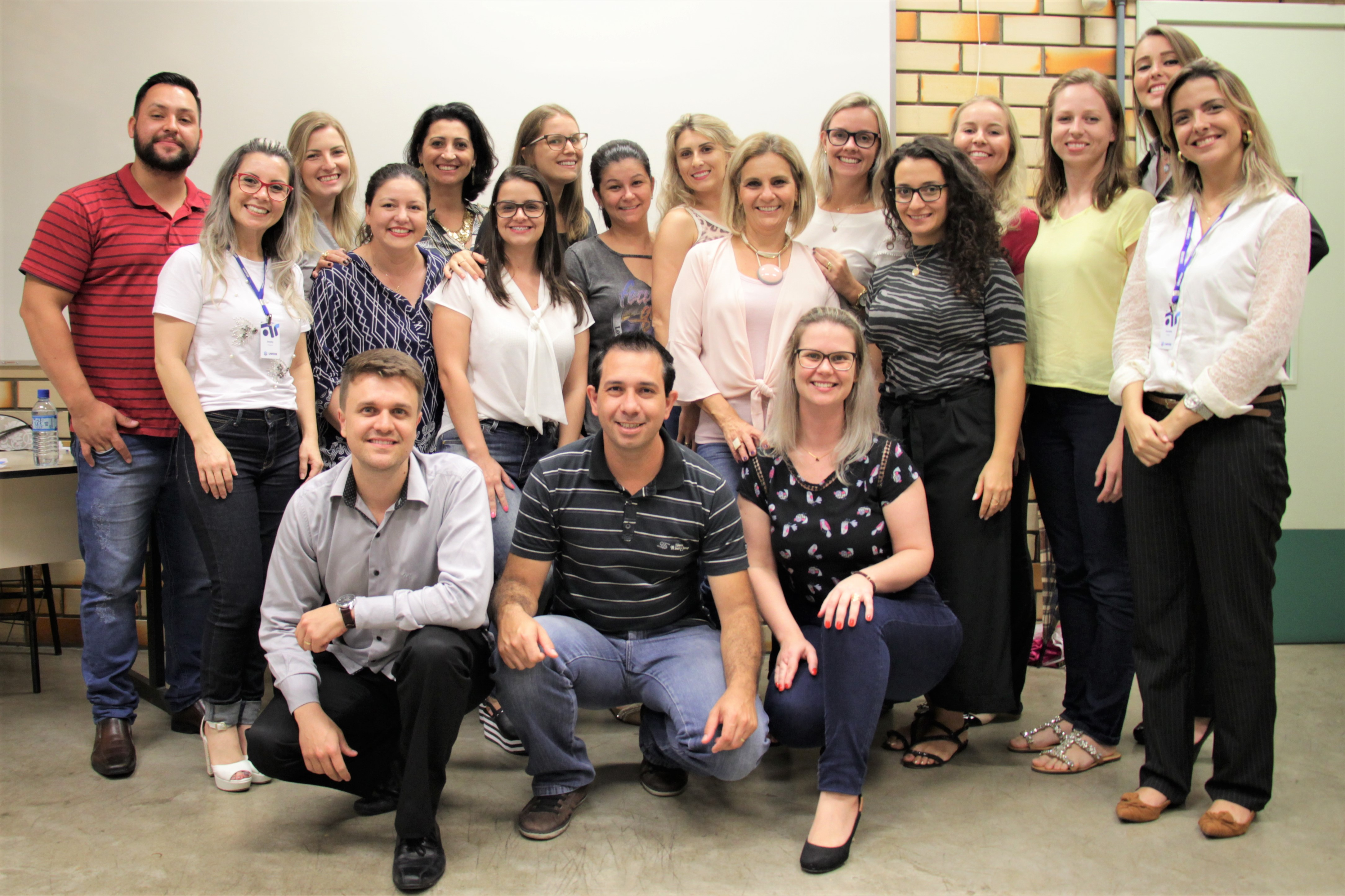 Acadêmicos de Gestão de Pessoas e Coaching elogiam especialização da UNIFEBE