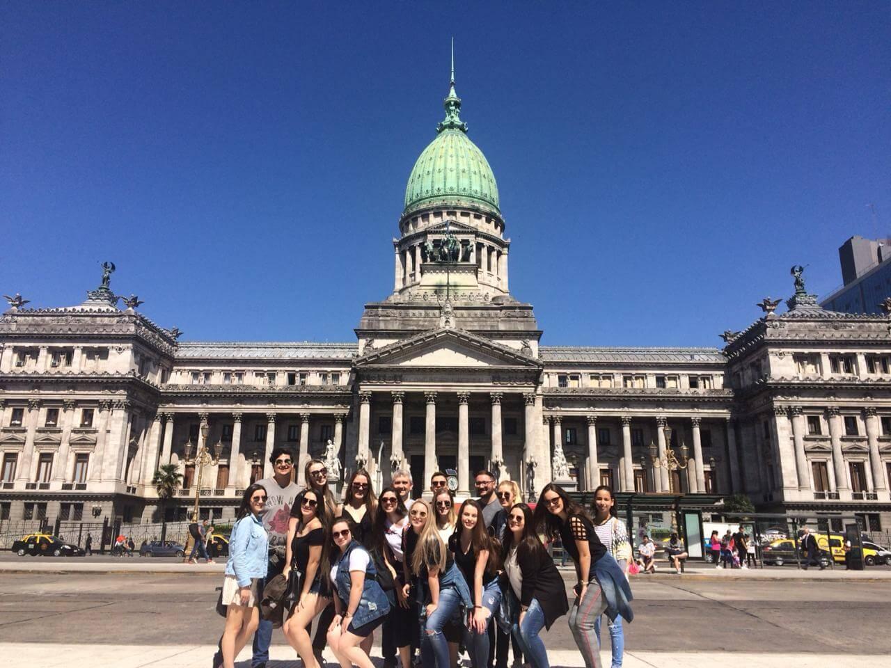 Alunos de Arquitetura e Urbanismo realizam viagem de estudos para Buenos Aires