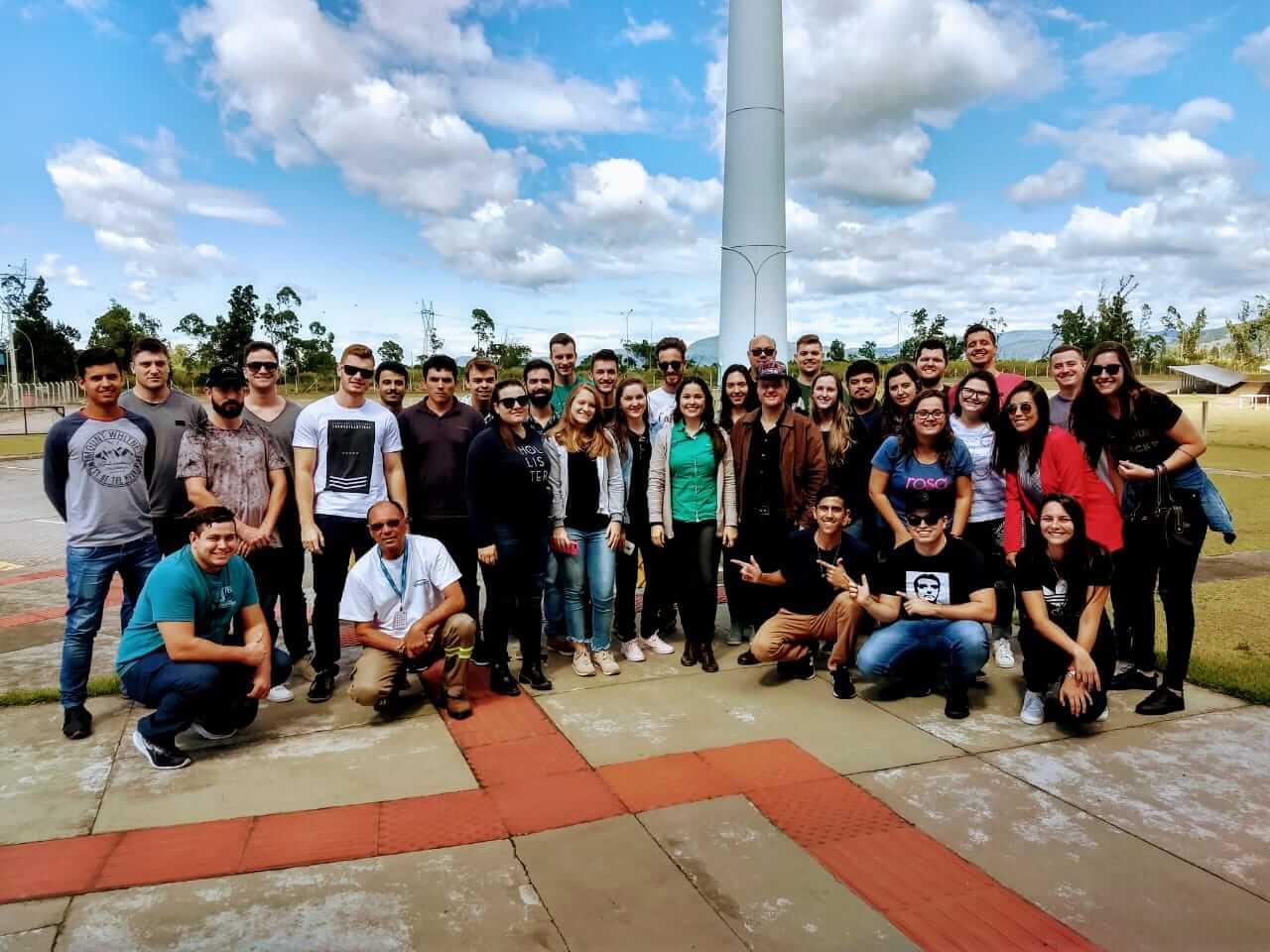 Alunos de Engenharia Civil visitam importantes usinas de Santa Catarina