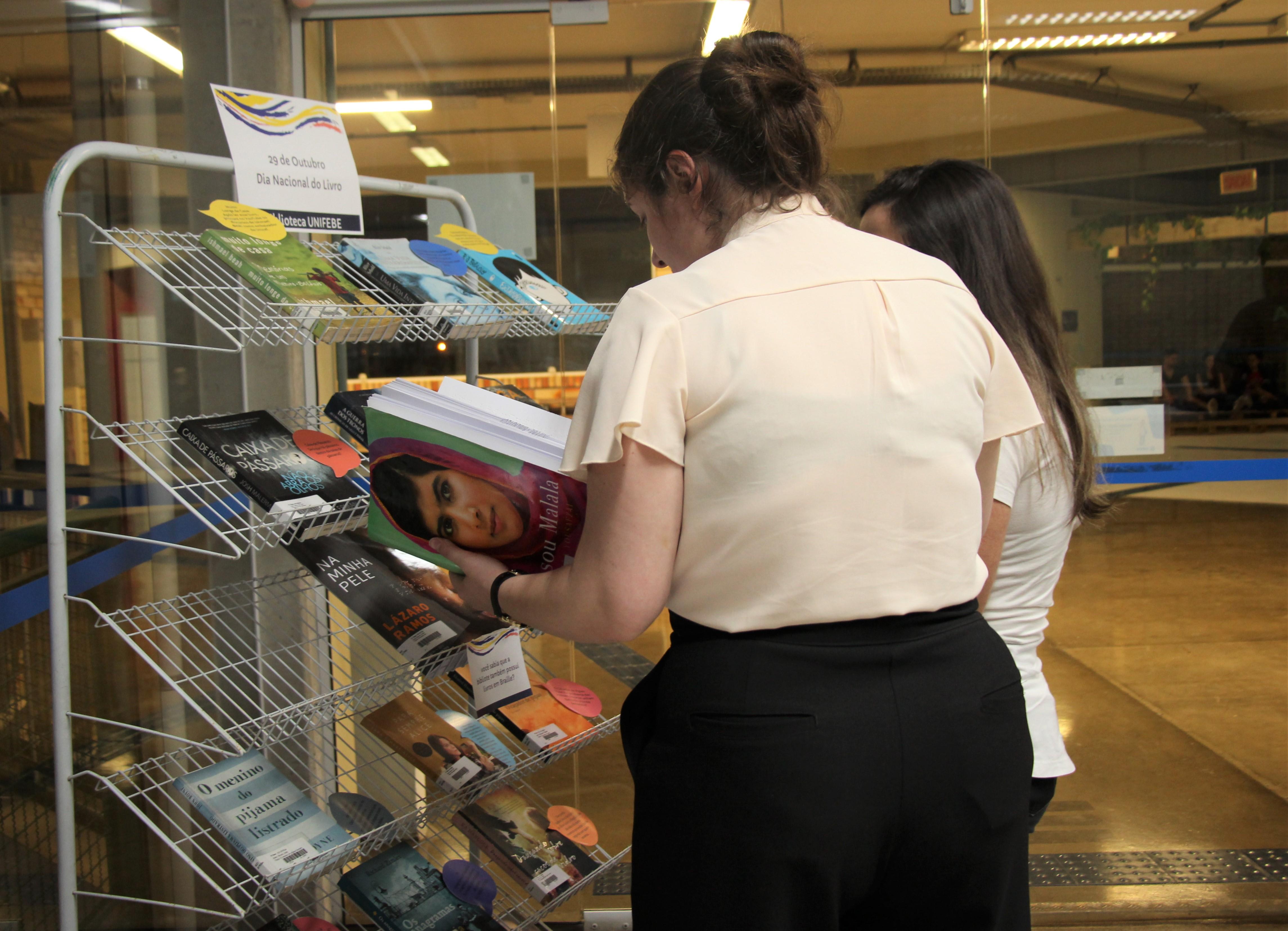 Biblioteca Padre Orlando Maria Murphy celebra Dia Nacional do Livro