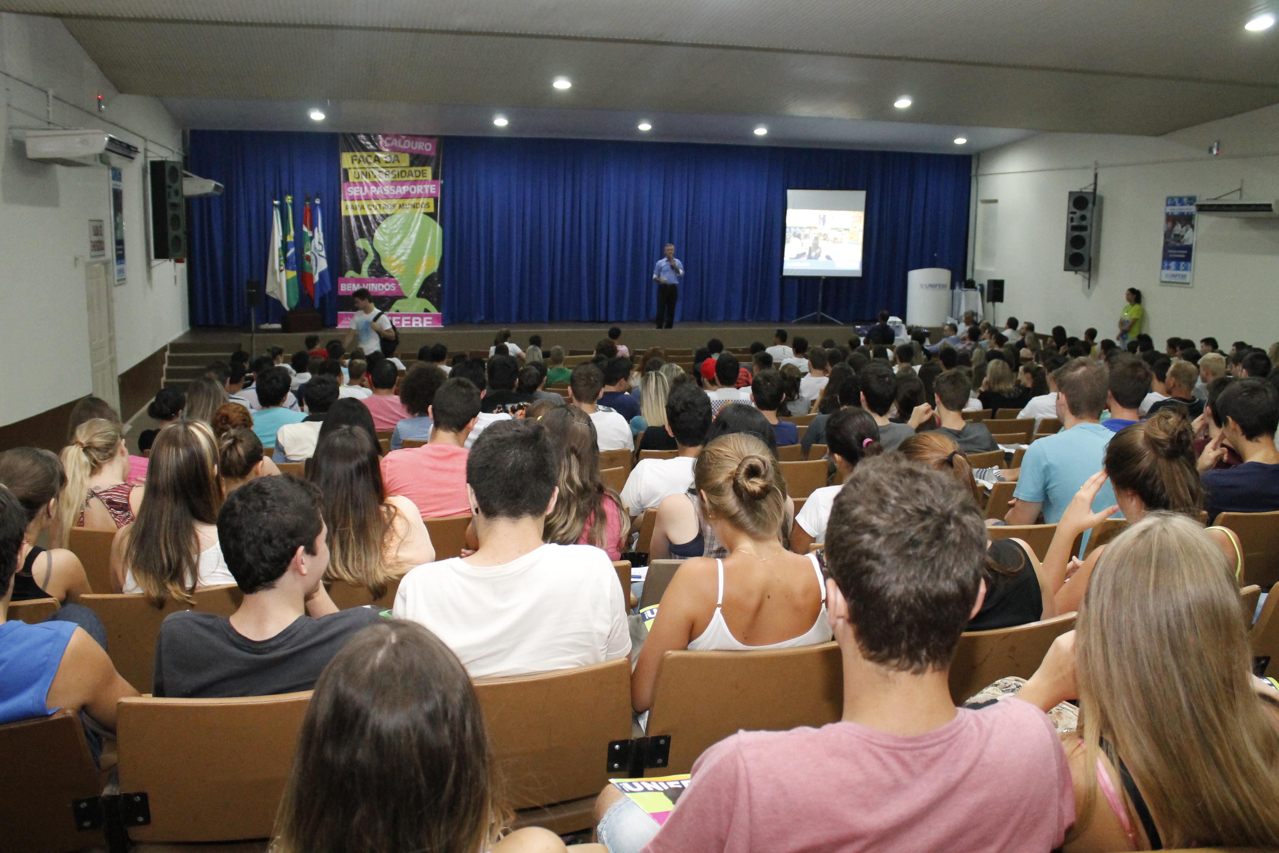 Recepção de Calouros da UNIFEBE será realizada no Santos Dumont