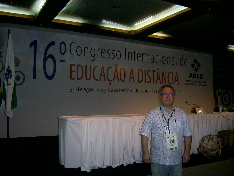 Professor da Unifebe apresenta artigo em congresso