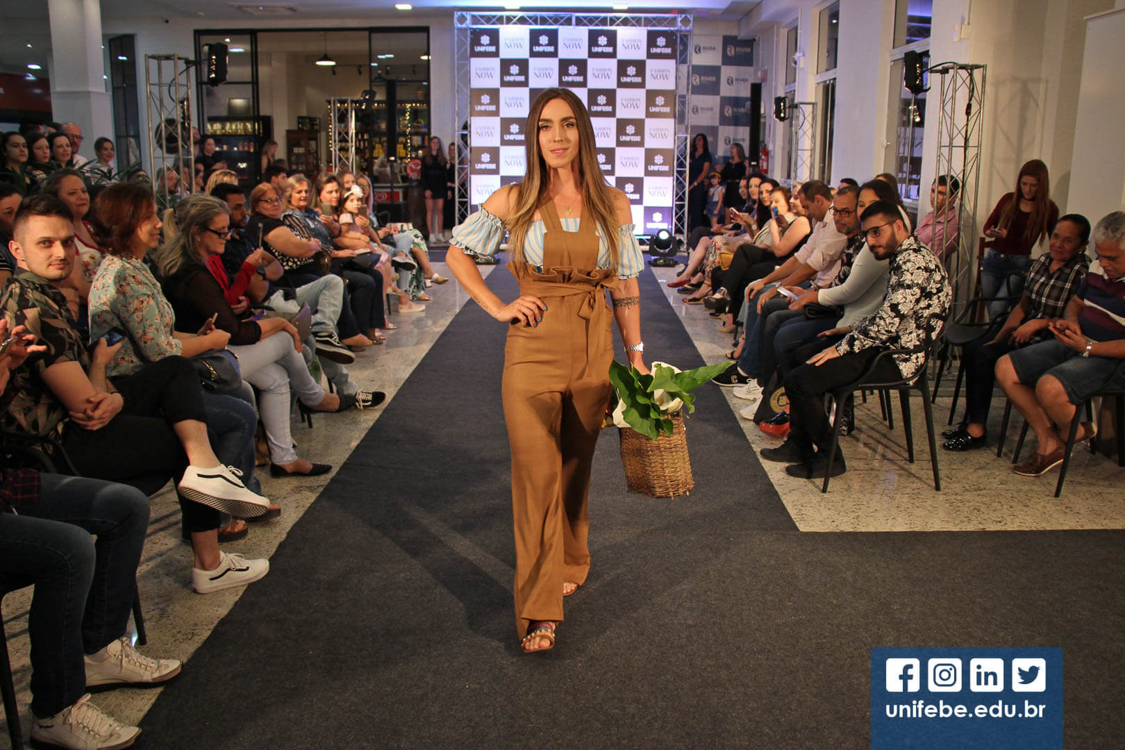 Desfile Fashion Now