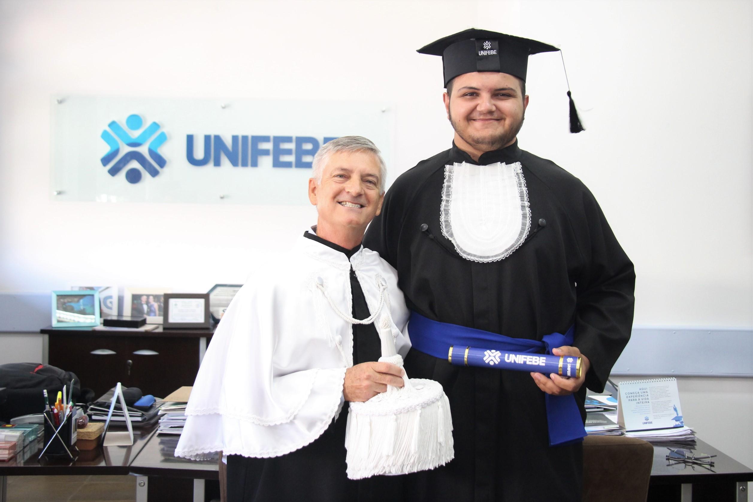 Egresso da UNIFEBE fará mestrado na Alemanha