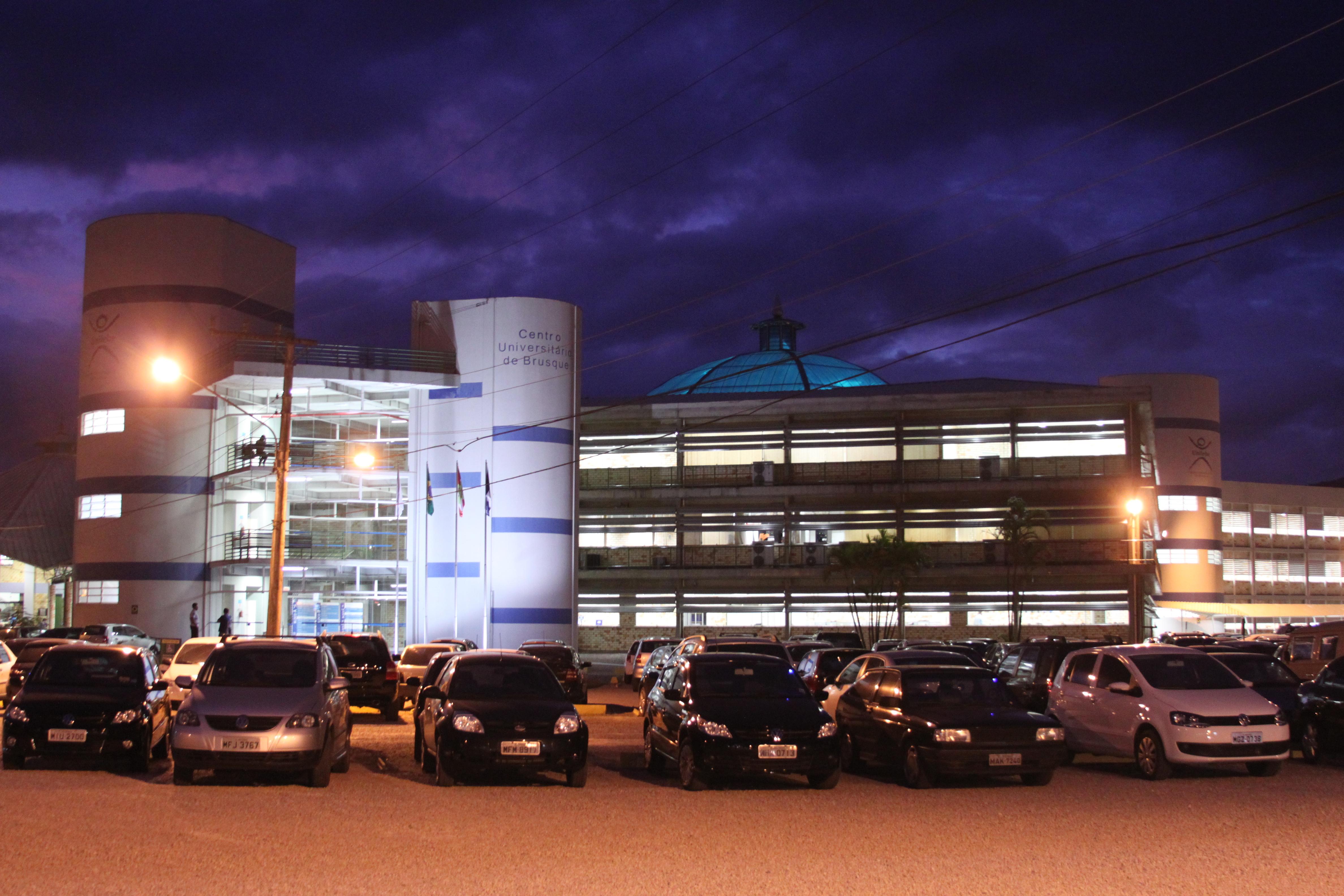 Boletos do estacionamento Estapar estão disponíveis no site da UNIFEBE