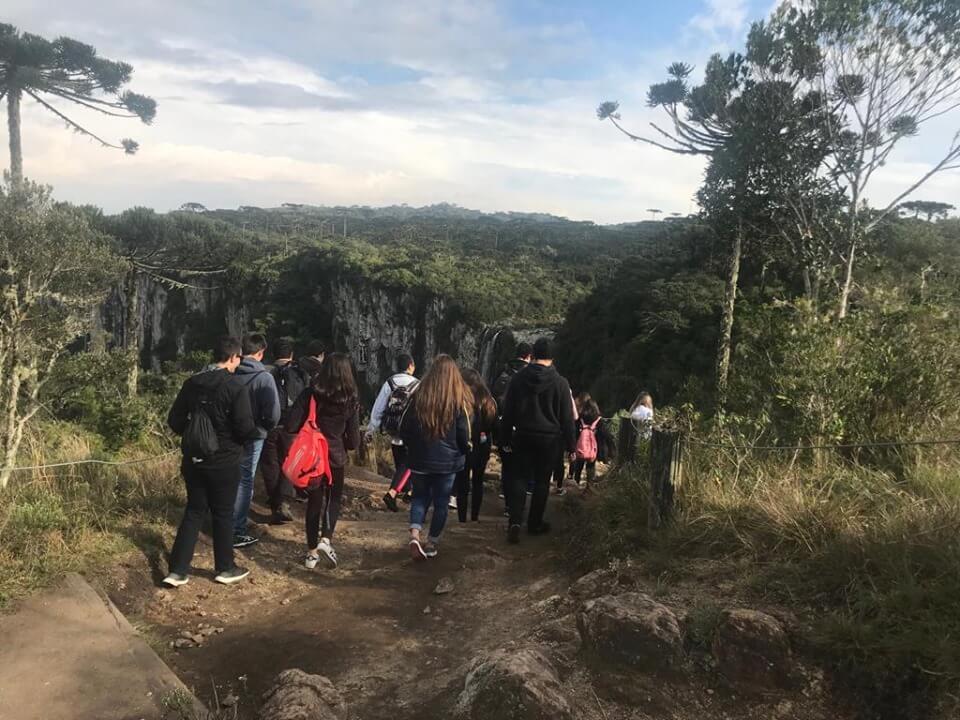 Estudantes do Colégio Universitário visitam o Parque Nacional de Aparados da Serra