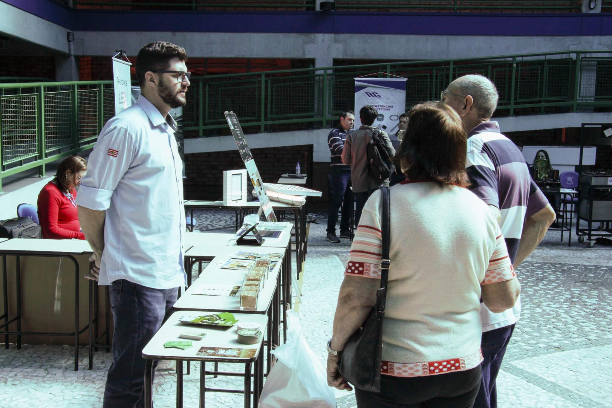 Feira do Cervejeiro Artesanal da UNIFEBE fomenta setor na região