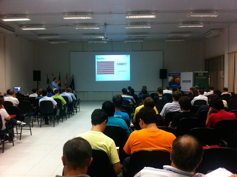 Acadêmicos de Sistemas de Informação participam de evento da Microsoft