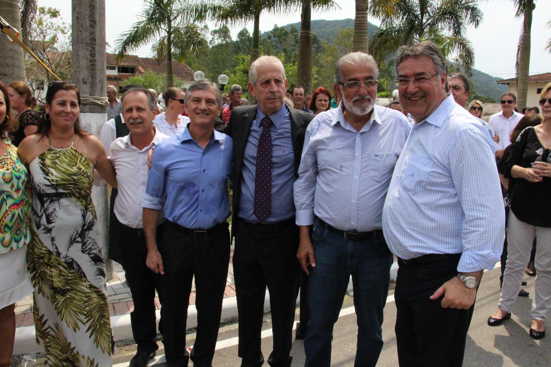 Reitor da UNIFEBE prestigia inauguração em Major Gercino