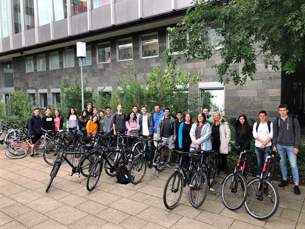 Estudantes do Colégio Amplo/UNIFEBE participam de intercâmbio cultural na Alemanha