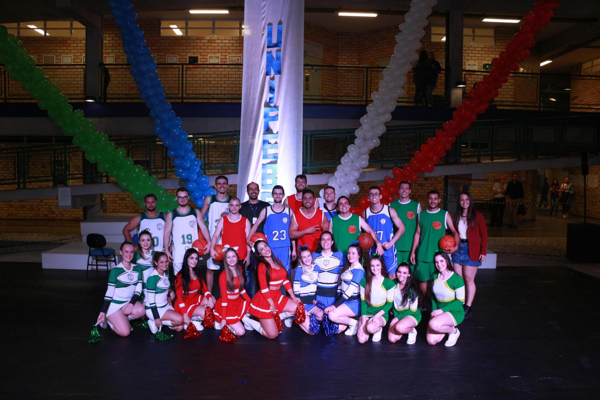 Mostra de dança celebra os 15 anos do curso de Educação Física