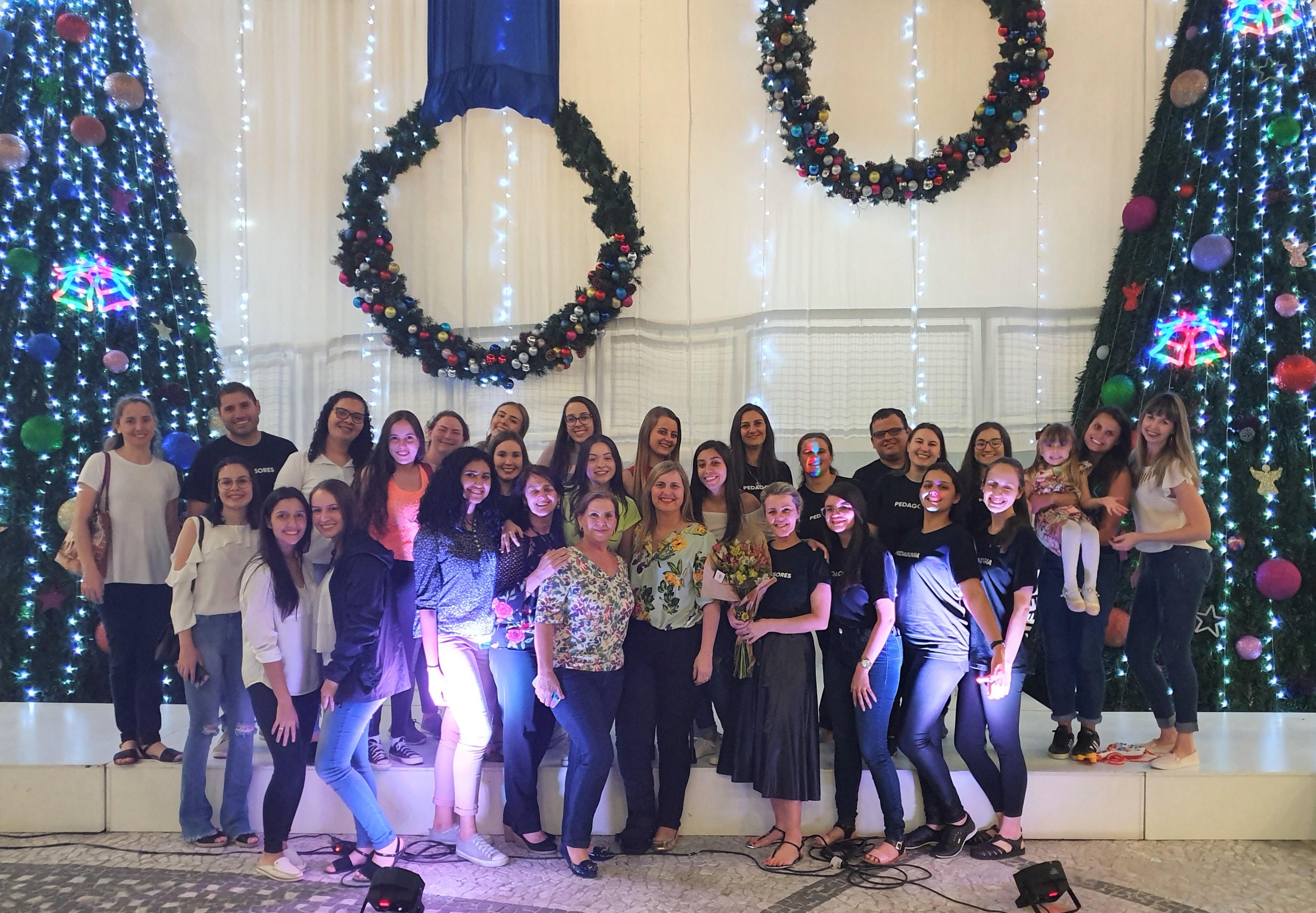 Noite Cultural Solidária do curso de Pedagogia arrecada donativos para entidades da região
