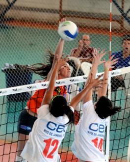 Time de vôlei Nova Trento Unifebe é campeão em Goiânia