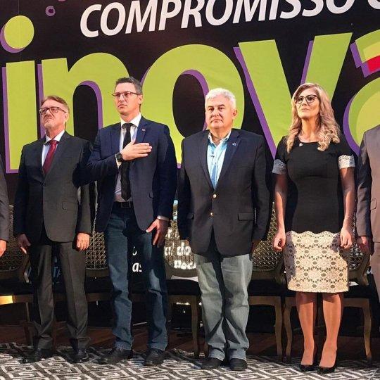 Presidente da Acafe com ministro Marcos César Pontes 2