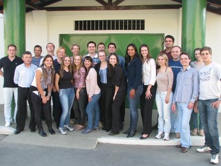 Alunos do curso de Direito conhecem Penitenciária em Joinville