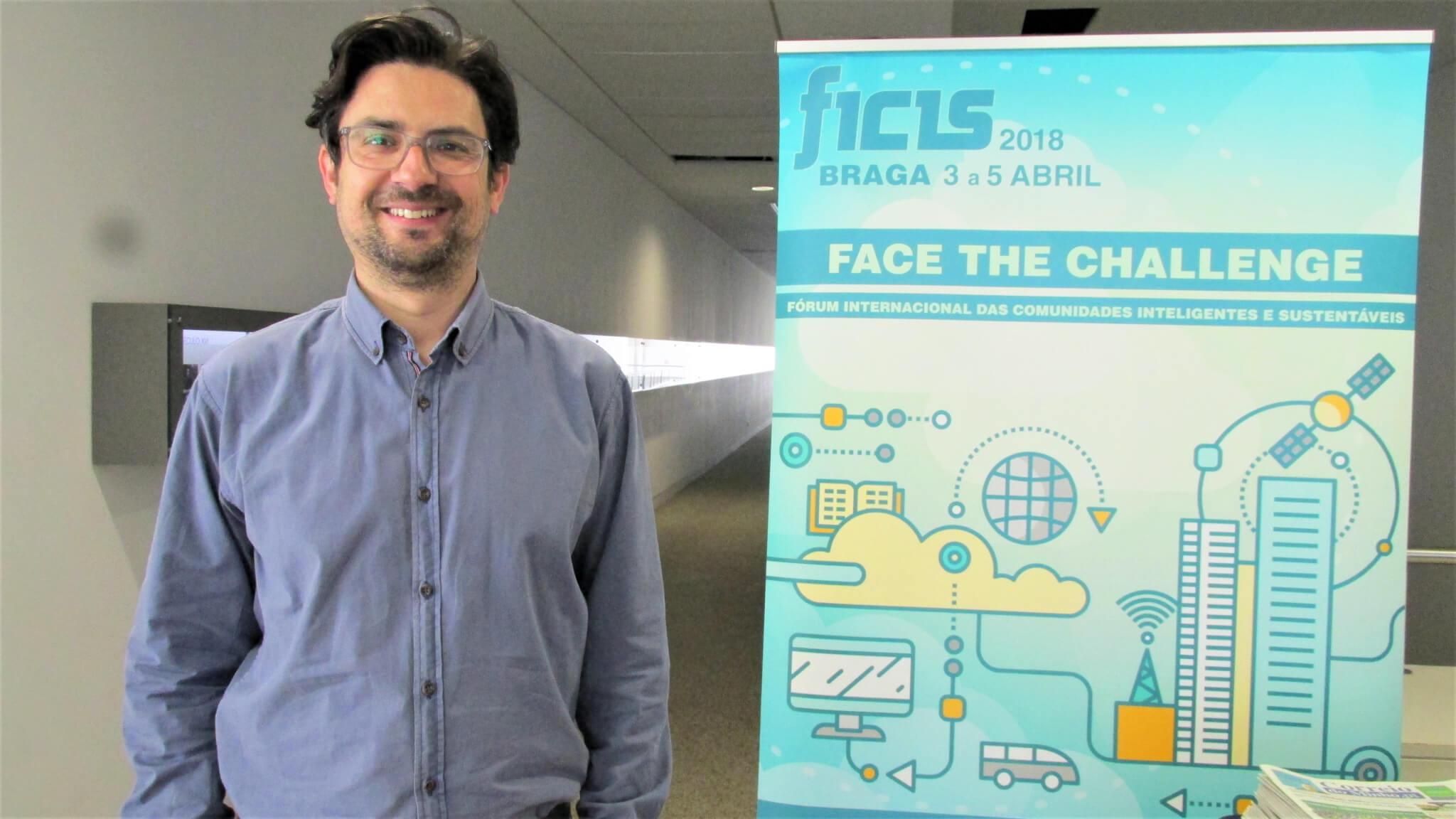 Professor de Engenharia Civil participa de Fórum Internacional