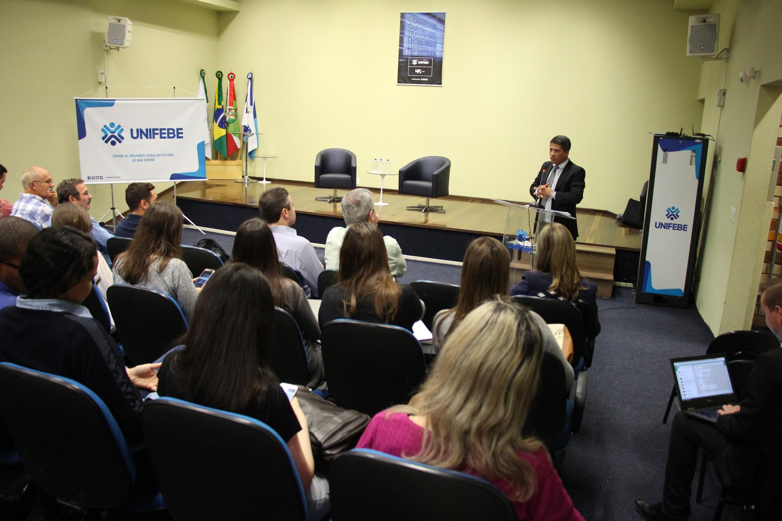 Profissionais debatem cases jurídicos em Workshop de Direito