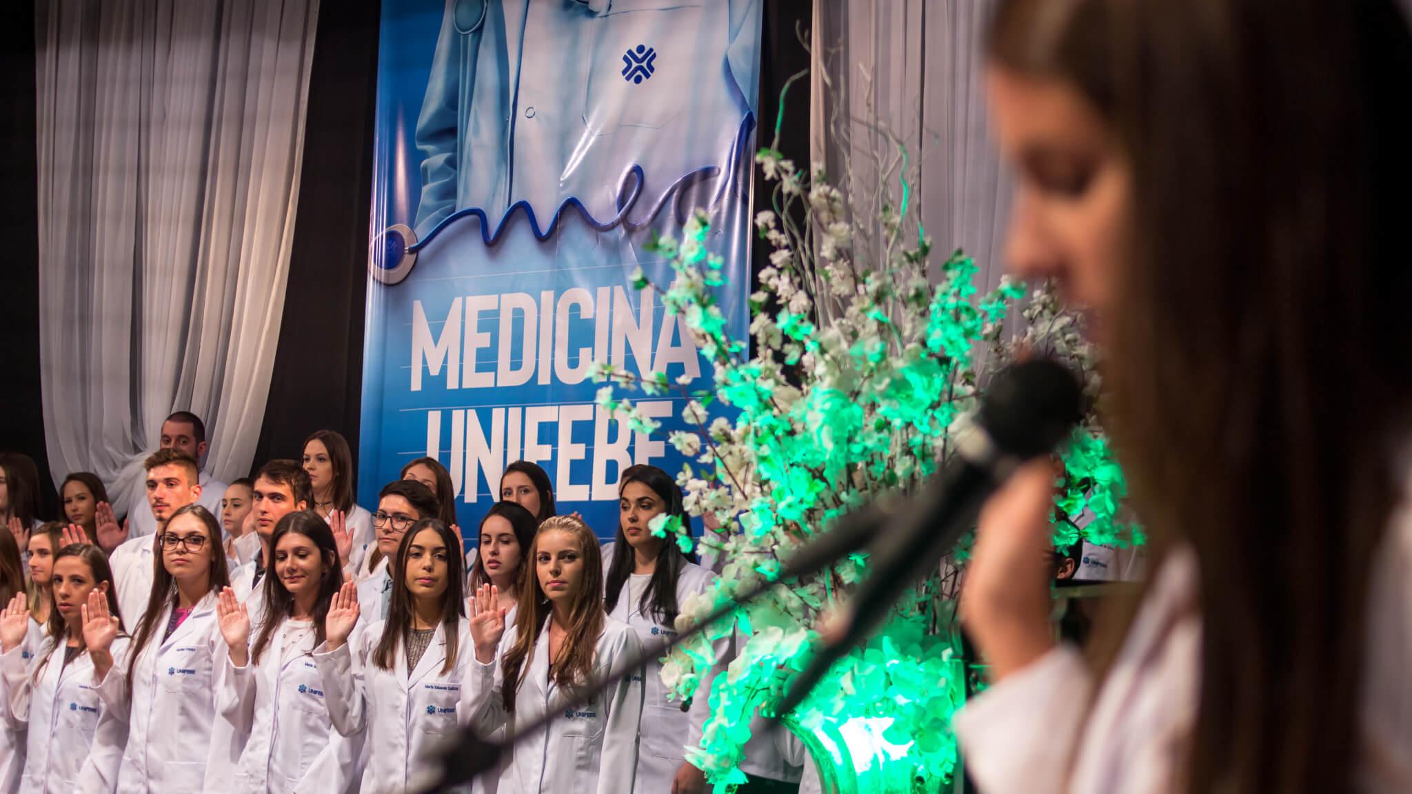Programação semanal marca recepção dos calouros de Medicina da UNIFEBE
