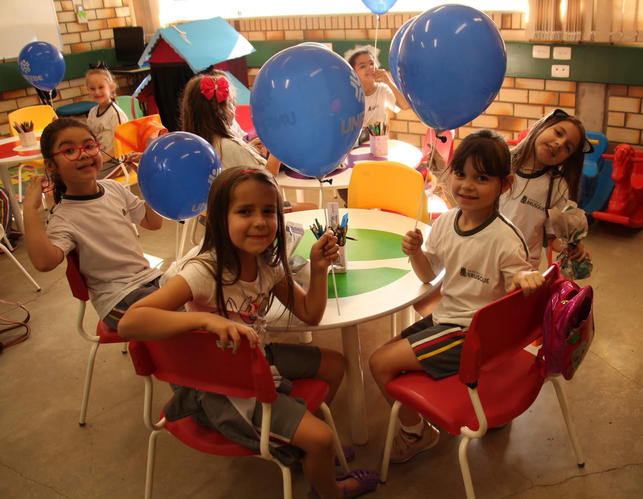 Projeto Brinquedoteca UNIFEBE atende estudantes da rede municipal
