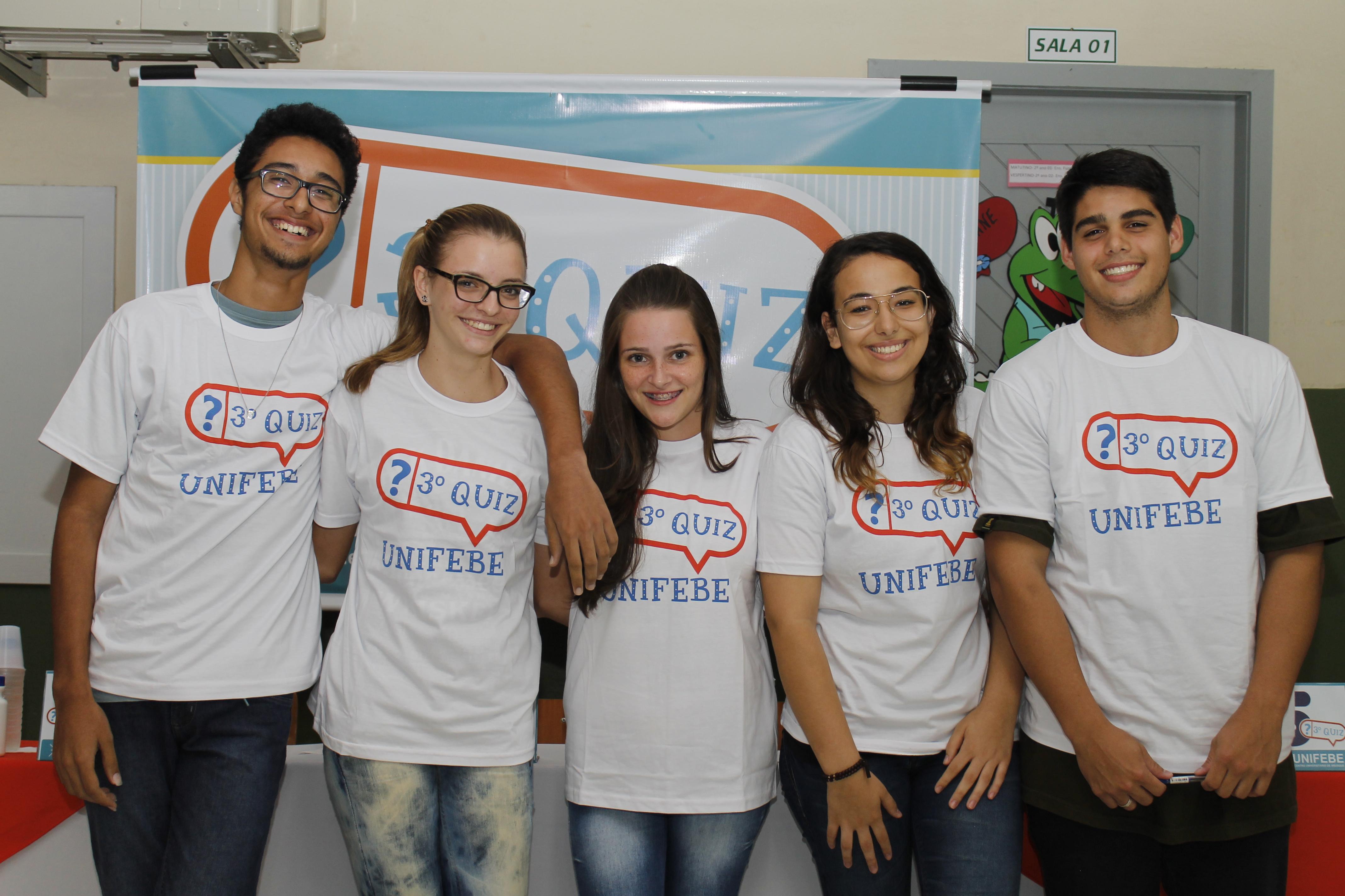 Escola Francisco Araújo Brusque recebe 1ª semifinal do QUIZ UNIFEBE 2014