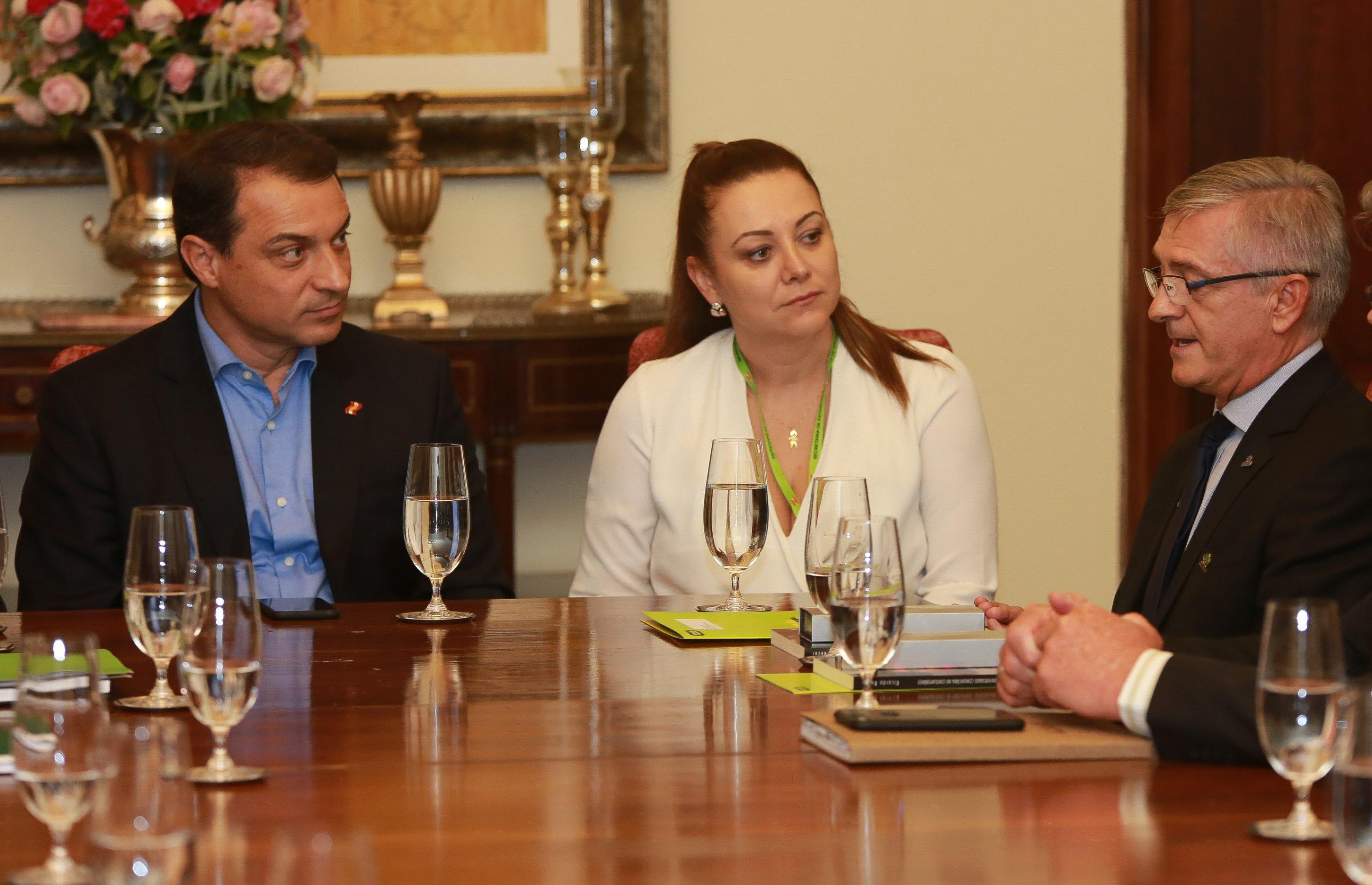 Presidente da ACAFE participa de reunião com o governador de Santa Catarina 2