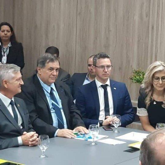 Presidente da Acafe com ministro Marcos César Pontes 3