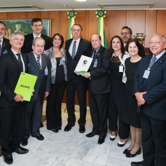 Presidente da Acafe se reúne com o presidente Jair Bolsonaro 2