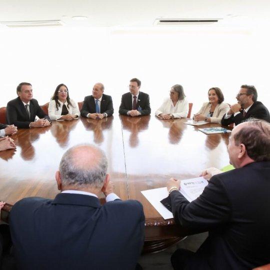 Presidente da Acafe se reúne com o presidente Jair Bolsonaro 3