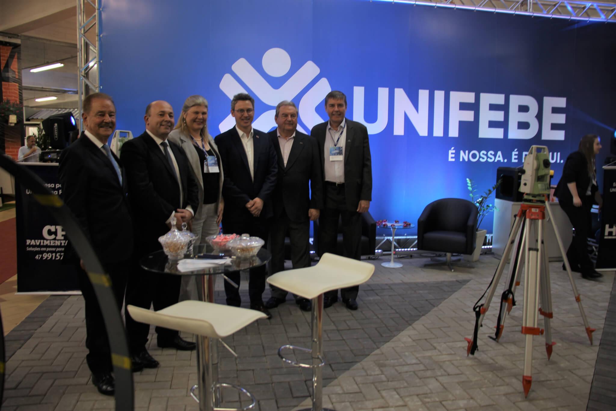Tecnologias no ensino de projetos e edificações são destaques no estande da UNIFEBE na Fairtec 2019