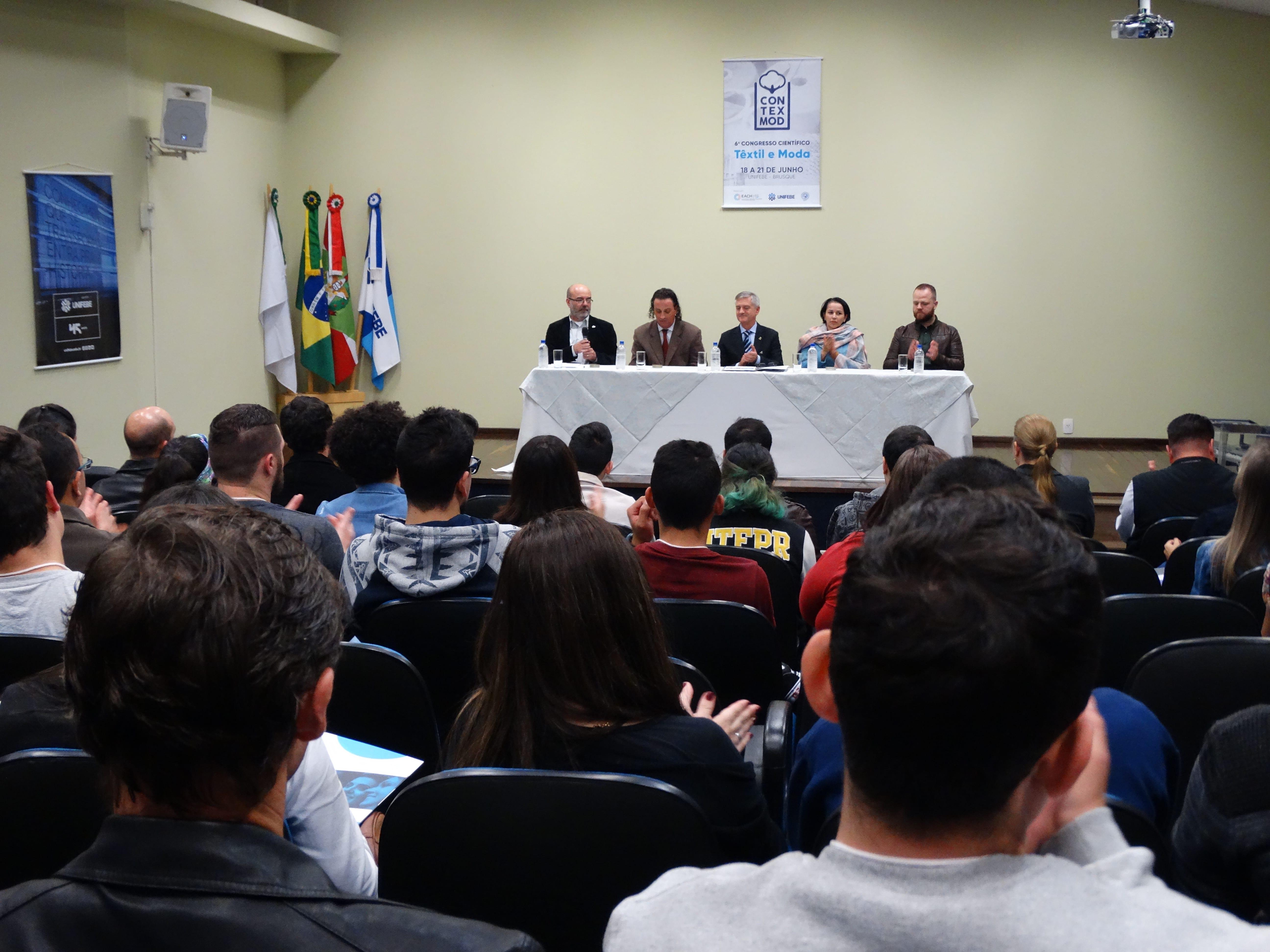 Evento nacional destaca produção científica e cadeia têxtil