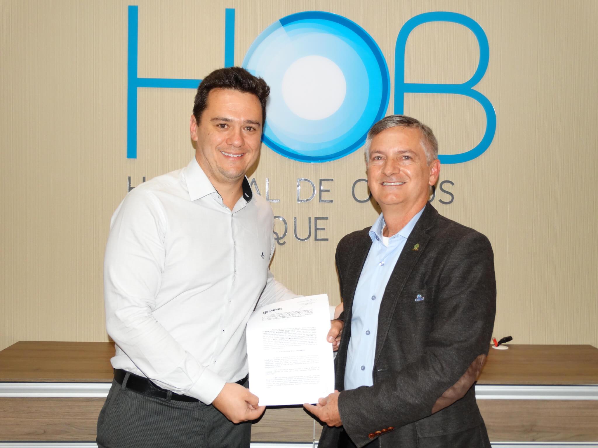 UNIFEBE firma parceria de pesquisa com Hospital de Olhos