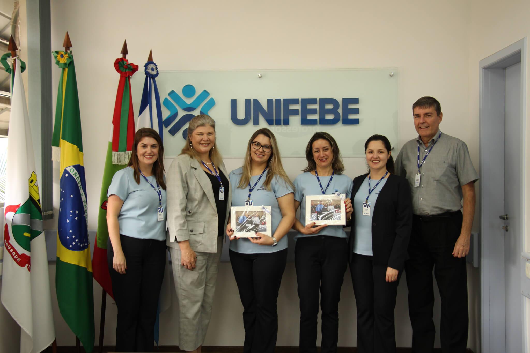 UNIFEBE homenageia colaboradores pela conclusão da especialização