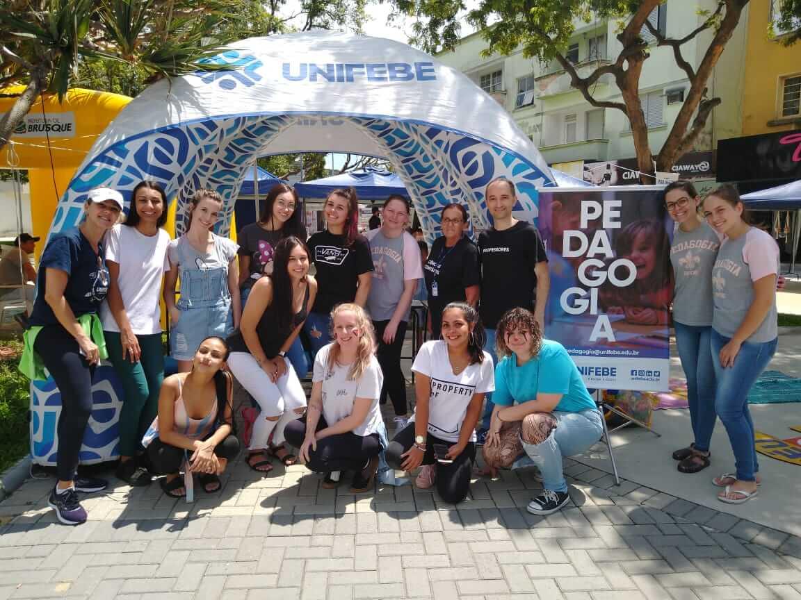 UNIFEBE participa do Sábado Fácil com projeto Pedagogia na Praça