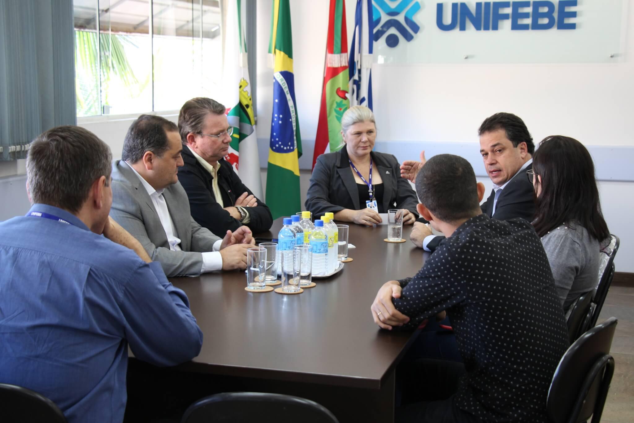 UNIFEBE recebe comitiva para tratar de repasse de verbas dos artigos 170 e 171