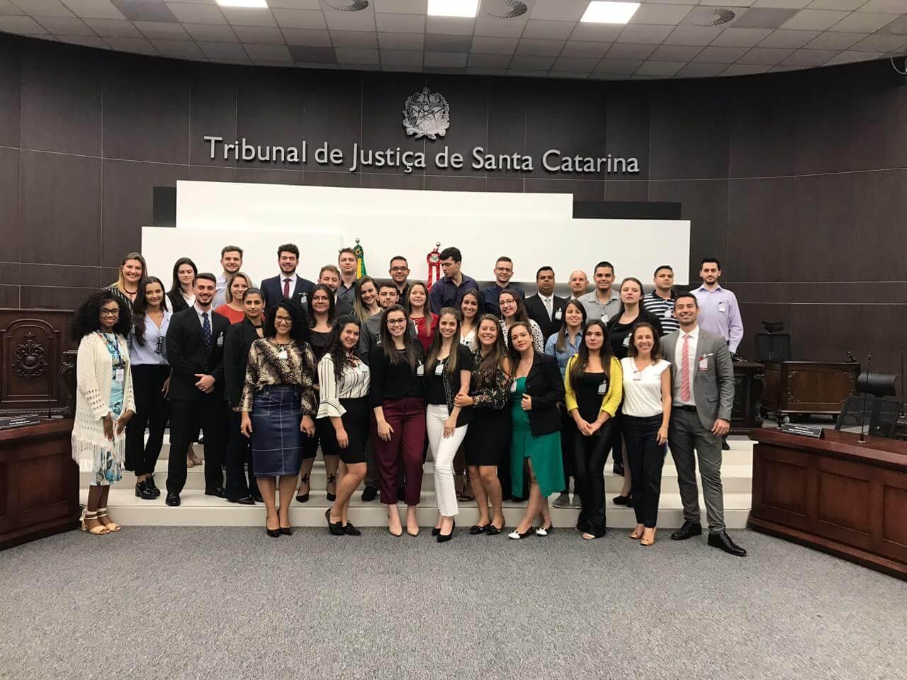 Alunos conhecem funcionamento do Tribunal de Justiça e da OAB de Santa Catarina