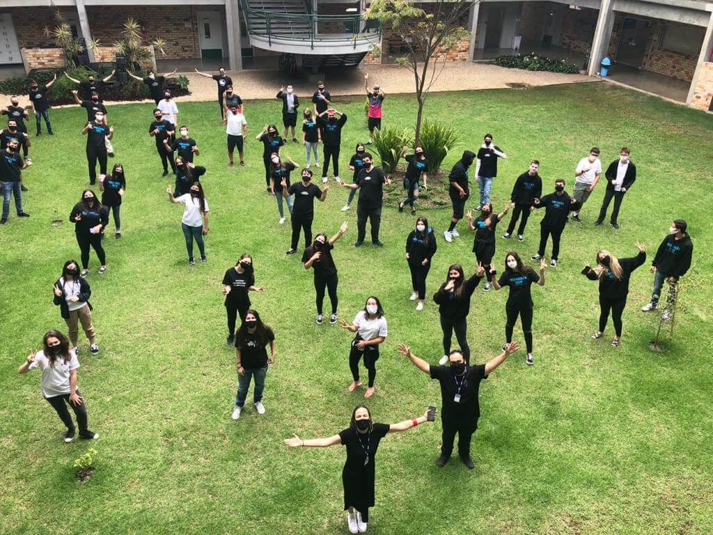 Apresentação musical marcou retorno das atividades presenciais no Colégio UNIFEBE